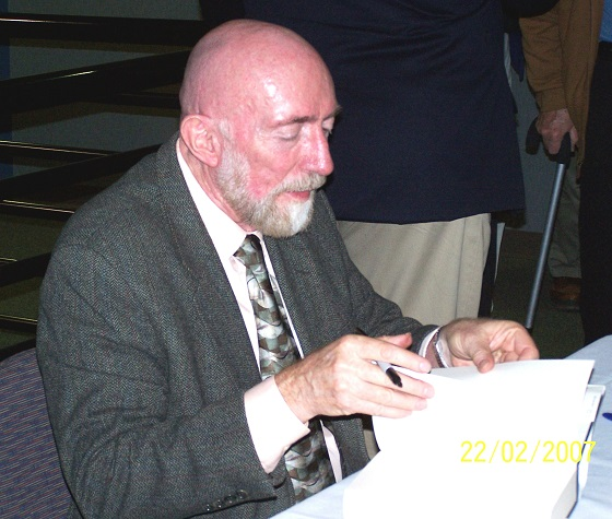 Kip Thorne authgraph book resized